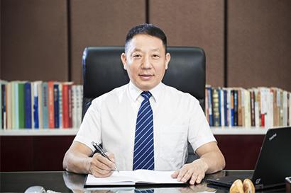 公司董事长:杨召群